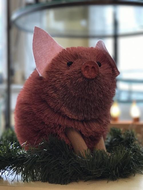 Pig Brush Animal Ornament, Large-pig, brush animal