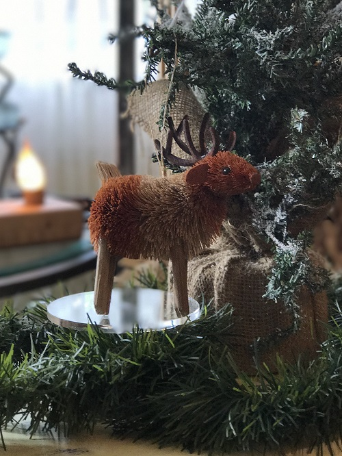 Reindeer Brush Animal Ornament-reindeer, brush animal