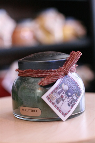 A Cheerful Giver Holly Tree Mama Jar Candle-holly tree candle; jar candle; a cheerful giver; jacksonville candle