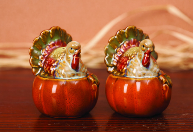 Ceramic Turkey Salt & Pepper Shaker-turkey, salt, pepper, thanksgiving, ceramic